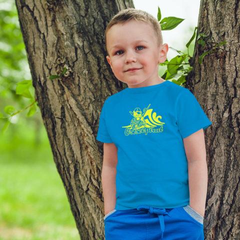 Kindershirt in azurblau mit Motiv: Ostseepirat